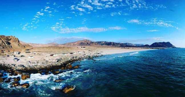 Panorámica de camping Los Yecos y Playa Los Piqueros Norte.